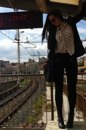 H&M boots - Zara blazer - H&M shirt - H&M bag - Bershka pants