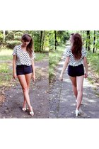 second hand shorts - romwe blouse