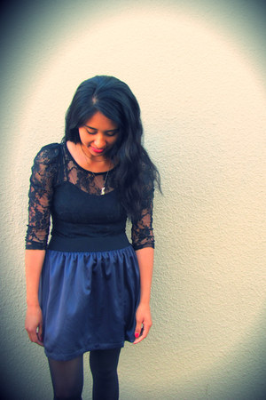 top - stockings - Forever 21 skirt - Betsey Johnson necklace