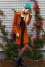 Vanharen-boots-vila-dress-esprit-coat-asos-hat-sheinside-bag