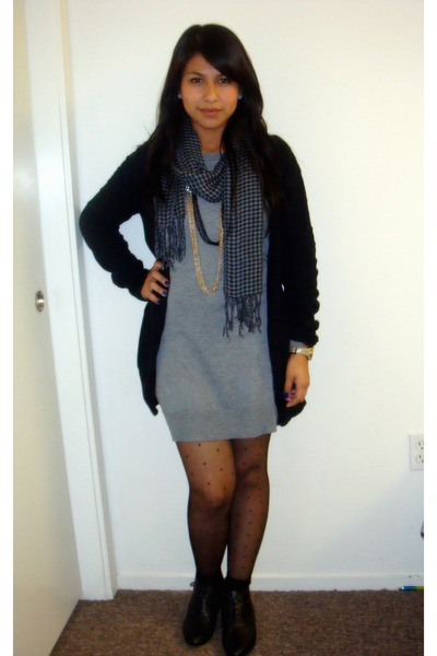 Gray Forever 21 Dresses, Black Cardigans, Charcoal Gray Scarves ...