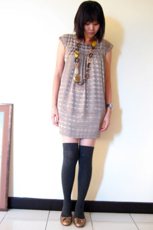 necklace - H&M dress - Topshop socks - pedder red shoes