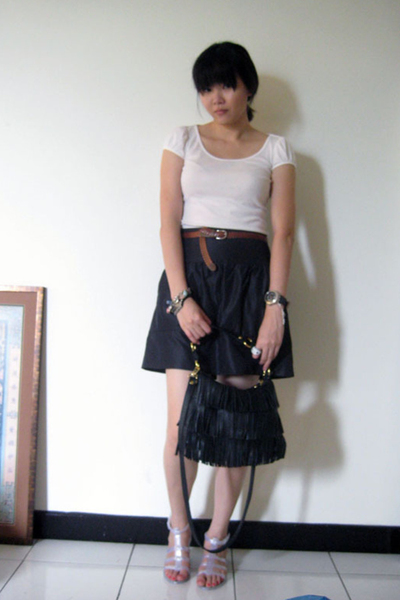 U2 t-shirt - belt - ck skirt - shoes - purse