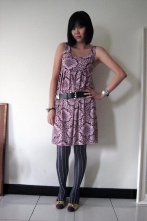 Gossip dress - H&M belt - Prada socks - Rockin Reptile shoes