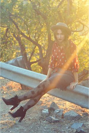 skirt - sam edelman boots - hat - tights - irenes closet blouse