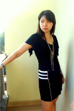 Pepper top - homemade skirt - buy  singpore shoes