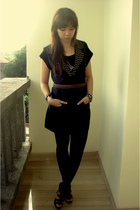 black Bamboo blonde vest - black Zara shoes - brown vintage belt