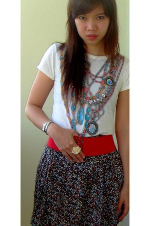 beige random shop top - black glitz skirt - red free belt - yellow