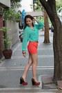 High-waist-bazaar-thrifted-shorts-bazaar-thrifted-belt