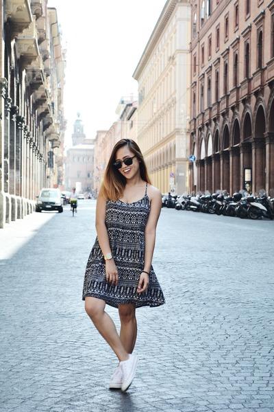 black H&M dress - black clubmaster ray-ban sunglasses