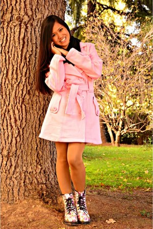 bubble gum urban diva coat - off white kicks boots - black Pashmina scarf