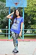 navy Bazaar leggings - blue Vestebene shirt - black Vans sneakers
