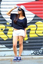 heather gray H&M hat - white hollister shorts - dark gray H&M sunglasses