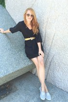 black satin H&M dress - gold heart shaped Urban Outfitters sunglasses