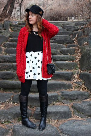 HConnect sweater - Vince Camuto boots - H&M skirt - Zara necklace