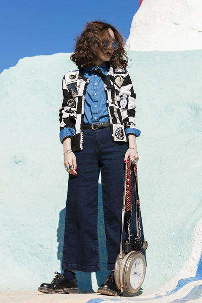 navy Zara jeans - white knitted vintage jacket - blue denim Uniqlo shirt