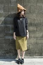 black Zara boots - bronze Galoop hat - black COS sweater - mustard vintage skirt