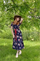 navy floral print thrifted vintage dress - brown hat - white thrifted wedges
