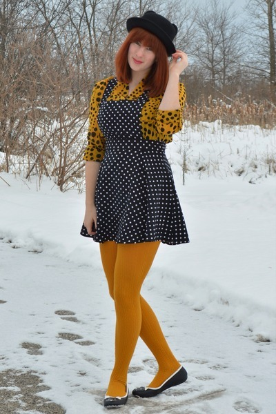 black polka dot Forever 21 dress - black panda modcloth hat