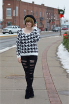 white houndstooth sweater - black jeans