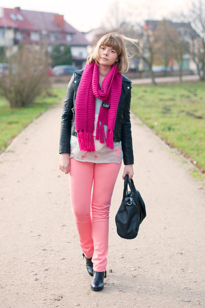 hot pink H&M scarf - bubble gum Cubus panties - aquamarine romwe jumper