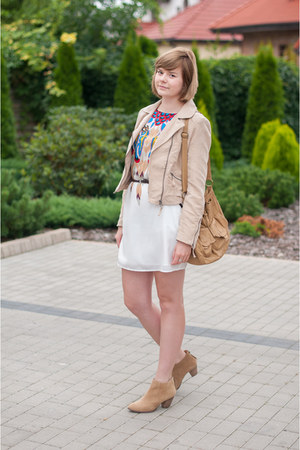 camel pull&amp;bear boots - white Sheinside dress - nude H&amp;M jacket