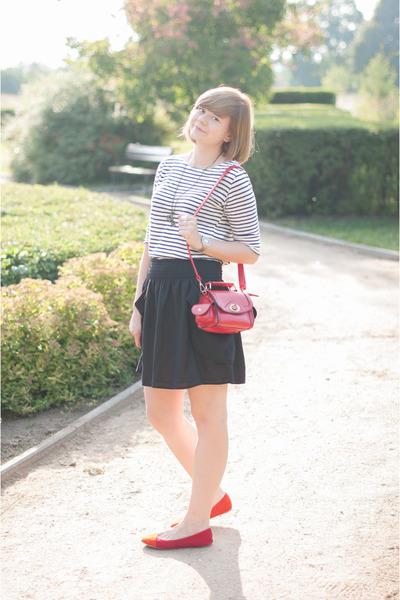 red OASAP bag - red sholove flats - black H&M skirt
