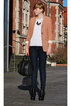 burnt orange H&M blazer - black Mizensa bag - black asos wedges - black new look