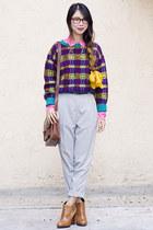 deep purple vintage sweater - tawny sam edelman boots