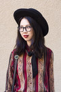 Brown-vintage-pants-black-nasty-gal-hat-brick-red-vintage-blouse