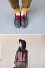 Brown-vintage-pants-black-nasty-gal-hat-brick-red-vintage-blouse