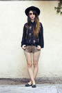 Black-nasty-gal-hat-dark-brown-iron-fist-clothing-shorts