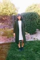 forest green Rosin hat - off white asymmetrical Worthington dress
