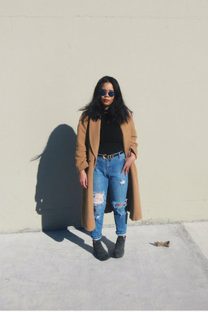 camel oversized vintage coat - army green calvin klein boots