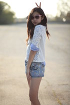 white lace Hollister Co shirt - sky blue H&M shirt