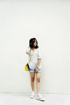 peach nike shoes - ivory Forever 21 shirt - light yellow Charles & Keith bag