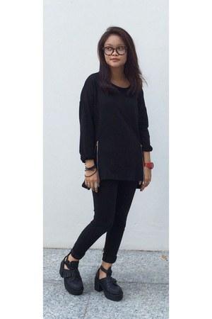 black jeggings Uniqlo jeans