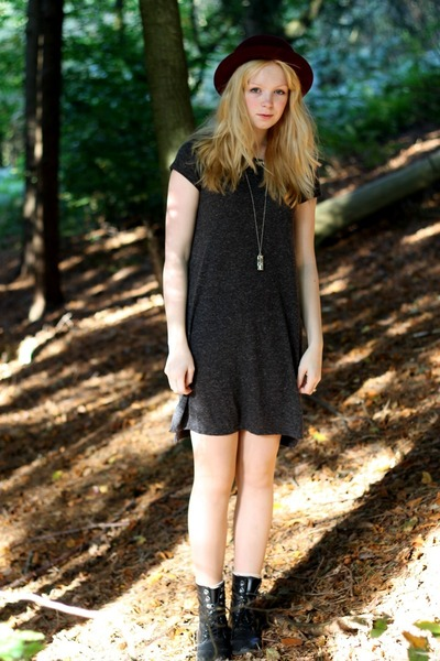 black H&M boots - gray grey oversized H&M dress