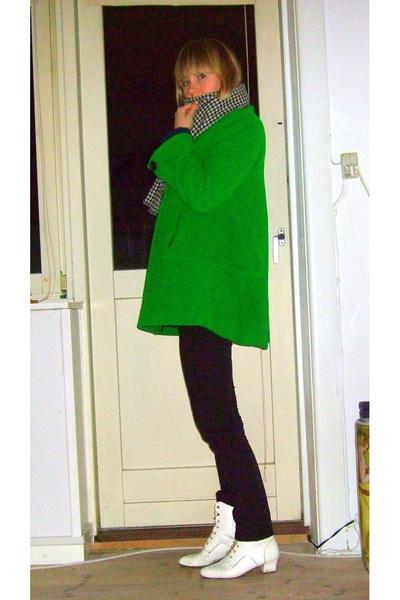 vintage scarf - Zara jacket - H&M jeans - vintage shoes