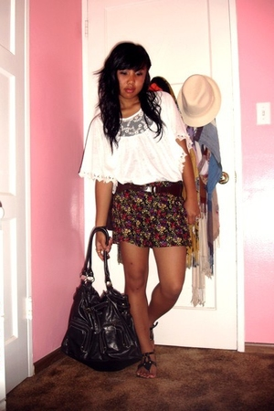 Forever 21 top - Forever 21 shorts - thrifted purse - Forever 21 belt