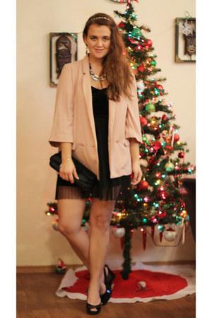 peach oversized Forever 21 blazer - black skater H&M dress