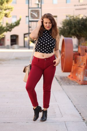 brick red skinny American Eagle pants - black ankle madewell boots