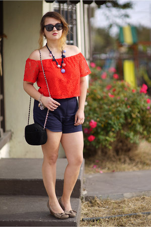 navy high waisted Zara shorts - red Charlotte Russe top