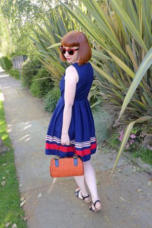 vintage bag - Jason Wu for Target dress - sunglasses - Italian Footwear sandals