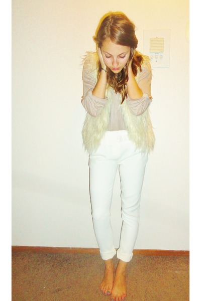 A Moveable Feast pants - Splendid shirt - Forever21 vest