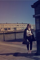 ivory Catwalk blouse - neutral Zara sandals - navy Club Monaco pants