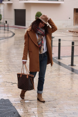 Zara coat - Zara hat - Zara scarf - Louis Vuitton bag