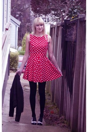 black jennyfer blazer - red polka dot handmade dress - black asos heels