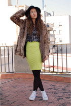 black Forever21 hat - fake fur GINA TRICOT jacket