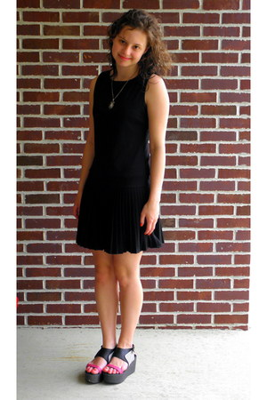 pleated dress Marshalls dress - Urban Outfitters wedges - Macys necklace